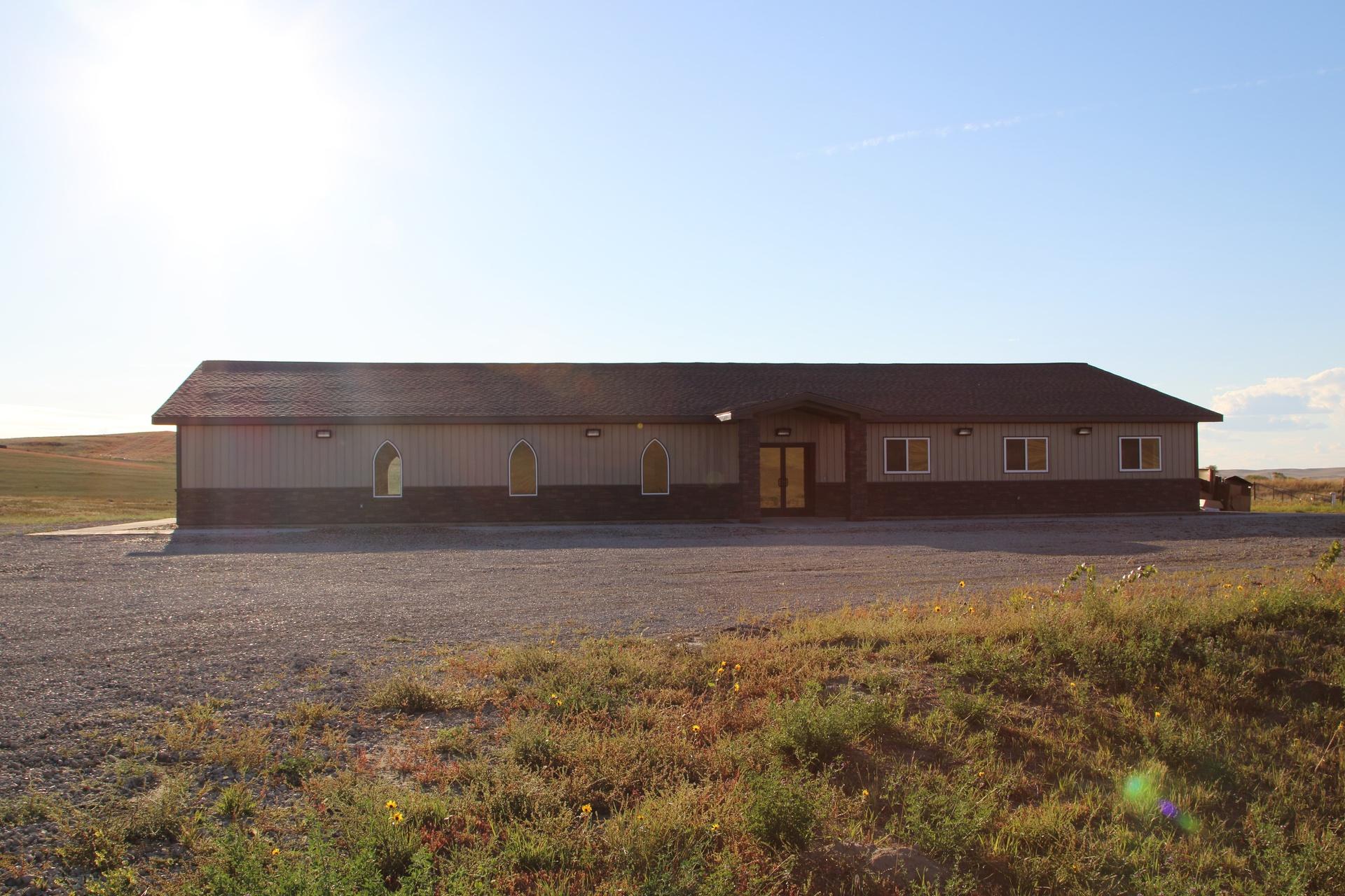 Living Faith Church, 805 14th St SW, Watford City, ND, 58854